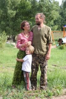 Женя, Оля и Макар