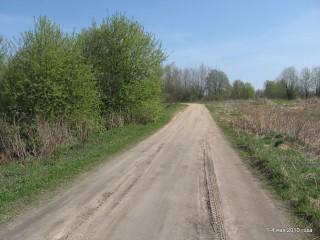 Въезд в Ковалевку (слева наш участок)